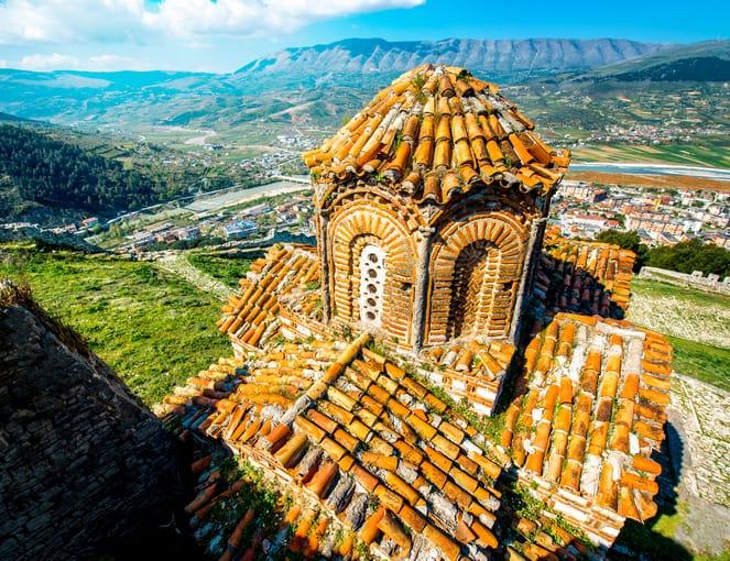 איזור כפרי באלבניה