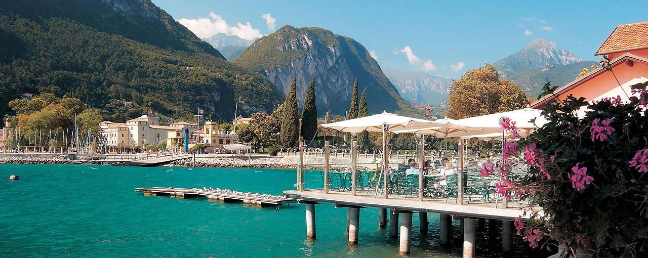 מלון למשפחות בורגו סאן דונינו באגם גארדה איטליה