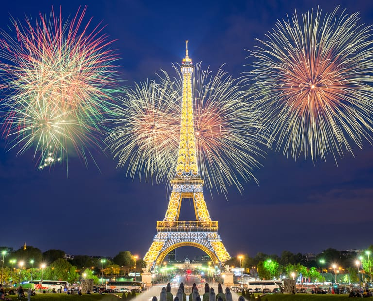 מגדל אייפל פריז צרפת